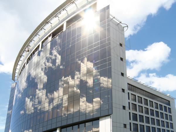SOL 162 Folie gri-albastrui metalizat Exterior, Protectie solara 71%, 1000 x 1520 mm 1