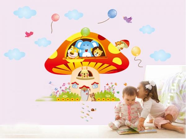 Sticker camere copii - Ciuperca uriasa 3