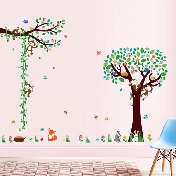 Sticker camere copii - Maimute in copac si pe liana 1