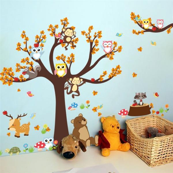Sticker copii - Copac, frunze de toamna si animale 1