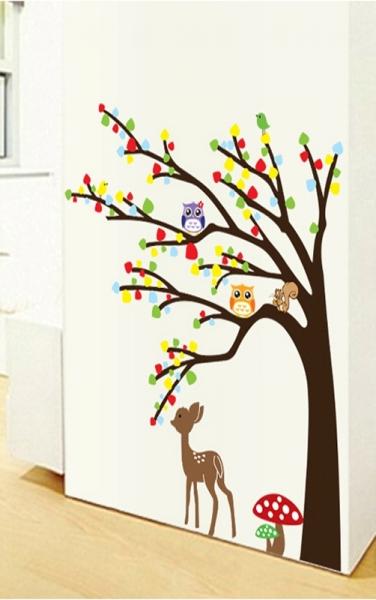 Sticker de perete camera copilului - Caprioara in padure 2