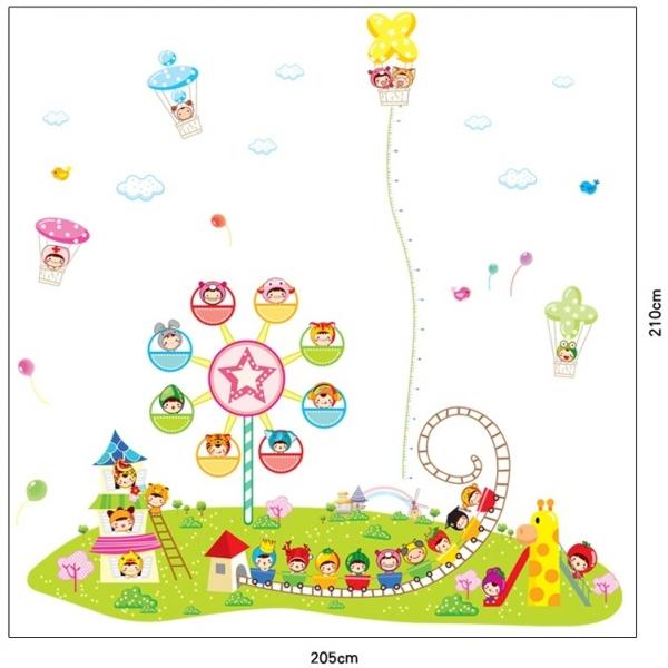 Sticker decorare camere copii - Masurator de inaltime - Parcul de distractii 2
