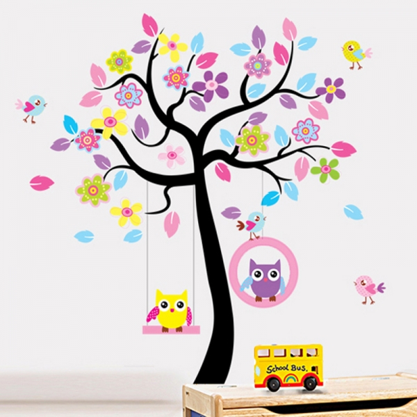 Sticker decorativ copii - Bufnite in leagan 0