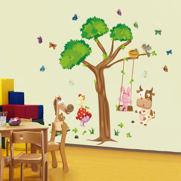 Sticker decorativ copii - Joaca in padure 0
