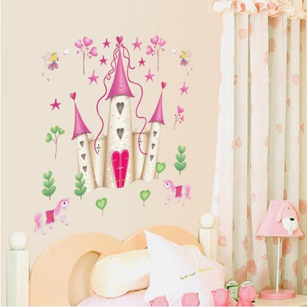 Sticker decorativ pentru fete- Castelul din poveste 4