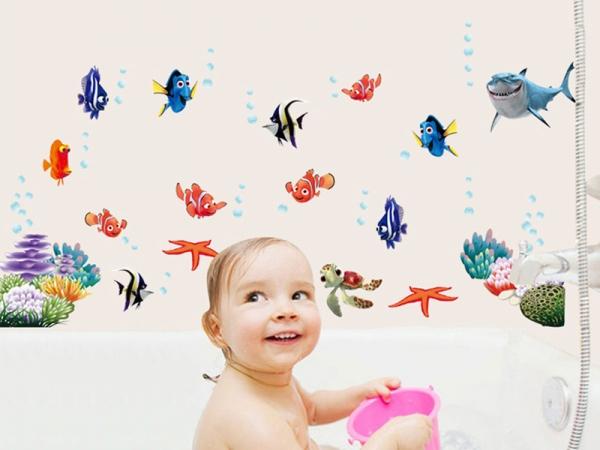 Sticker pentru camere bebelusi - Pestisori colorati 1