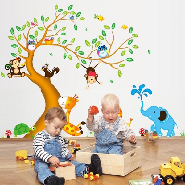 Sticker perete copii - Copac cu elefant stropitor 0