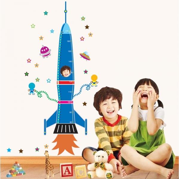 Stickere copii - Grafic de crestere Racheta spatiala - masurator inaltime 5
