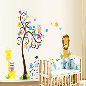 Autocolant decorativ - Copac carliontat si animalute2