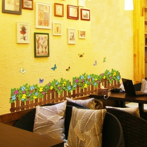 Stickere tip brau decorativ - Gradinita cu flori si fluturasi - 132x35 cm2