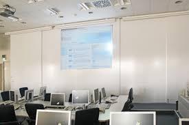 Folie autocolanta de tip whiteboard - ideal pentru proiectii - culoare alba - 137x100 cm3