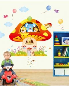 Sticker camere copii - Ciuperca uriasa1