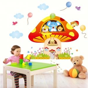 Sticker camere copii - Ciuperca uriasa0
