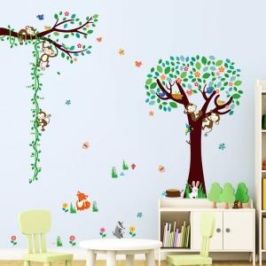 Sticker camere copii - Maimute in copac si pe liana0
