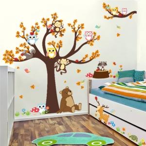 Sticker copii - Copac, frunze de toamna si animale2