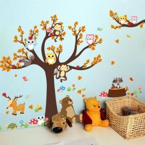 Sticker copii - Copac, frunze de toamna si animale1