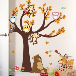 Sticker copii - Copac, frunze de toamna si animale5