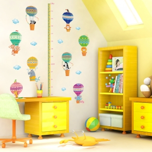 Sticker copii masurator inaltime cu animale in baloane cu aer cald - grafic de crestere0