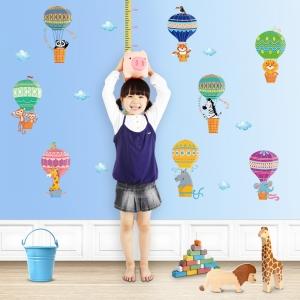 Sticker copii masurator inaltime cu animale in baloane cu aer cald - grafic de crestere4