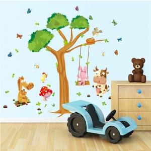 Sticker decorativ copii - Joaca in padure3