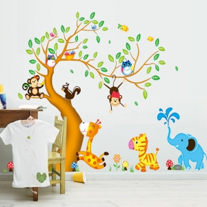 Sticker perete copii - Copac cu elefant stropitor2