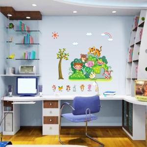 Sticker perete copii - Tufisul verde cu animalute3