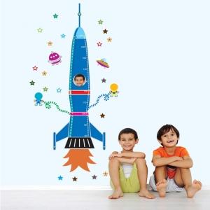 Stickere copii - Grafic de crestere Racheta spatiala - masurator inaltime3