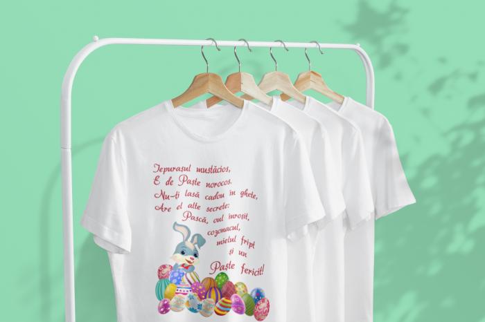 Set tricouri pentru familie cu mesaj - Paste fericit! 3