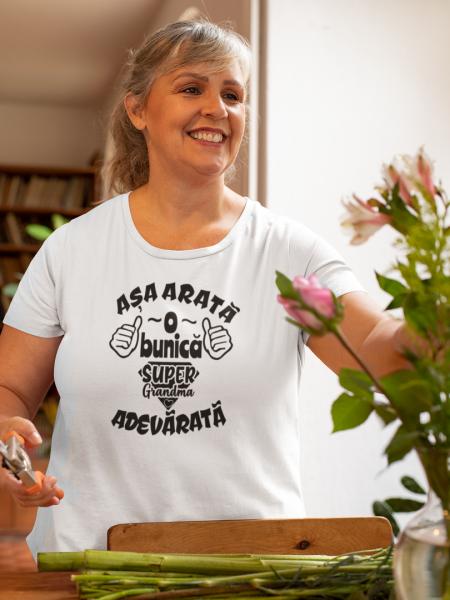 Tricou Personalizat - Asa arata o BUNICA 2