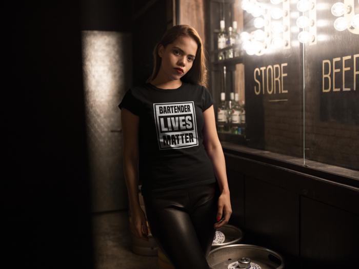 Tricou personalizat cu mesaj Bartender lives matter [3]
