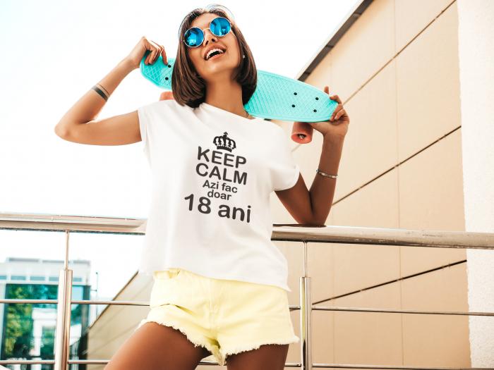 Tricou personalizat cu mesaj - Keep Calm - Azi fac doar 18 ani [2]