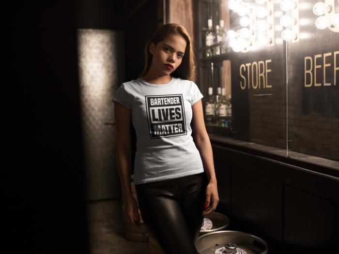 Tricou personalizat cu mesaj Bartender lives matter [2]