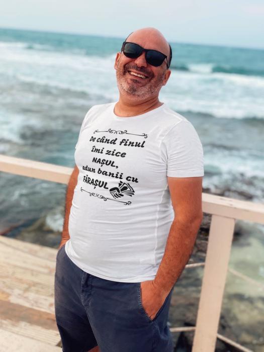 Tricou Personalizat - De cand finu imi zice NASUL / Intorc banii cu farasul [2]