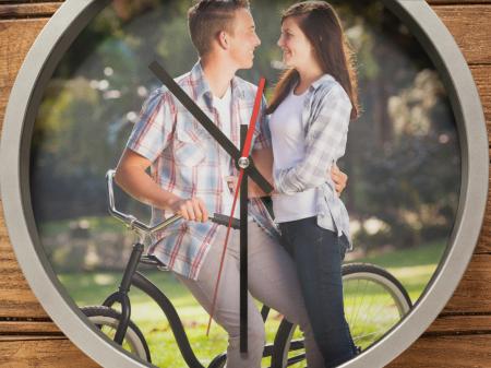 Ceas rotund 30 cm din plastic -  personalizat cu insertie foto si mesaj [0]