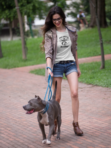 Tricou Personalizat - Asa arata o iubitoare de CAINI4