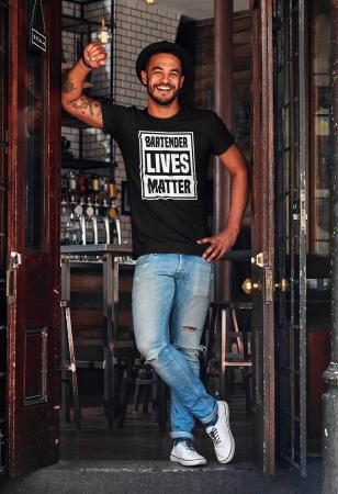 Tricou personalizat cu mesaj Bartender lives matter [5]