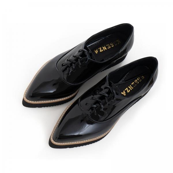 Pantofi oxford cu varf ascutit, din piele lacuita neagra 3