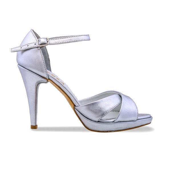 Sandale cu platforma, din piele laminata argintie 0