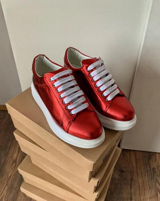 Pantofi cu talpă groasă realizati din piele naturala rosu metalizat 0