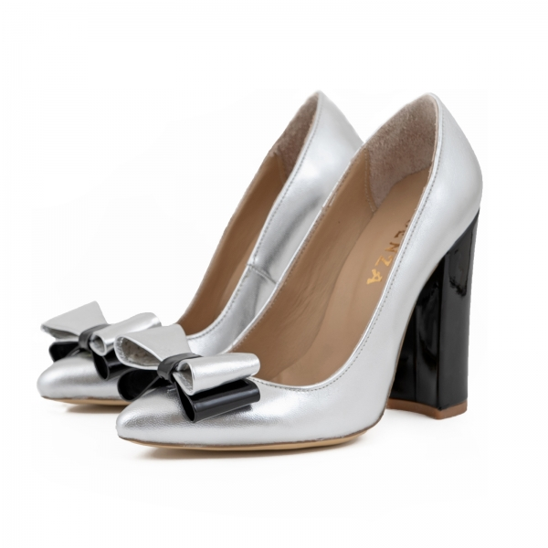 Pantofi Stiletto cu funda, din piele lacuita neagra si argintie 1
