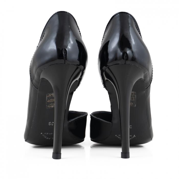 Pantofi stiletto din piele naturalaneagra,cu decupaj interior si exterior intr-o linie eleganta 3