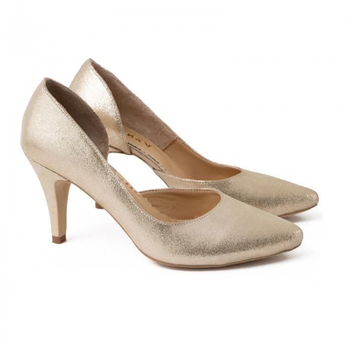 Pantofi stiletto din piele laminata, auriu texturat, cu decupaj interior 1