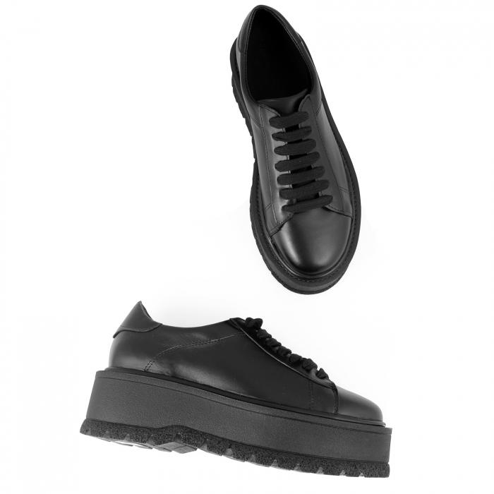 Pantofi cu talpă groasă, realizati din piele naturala neagra 2