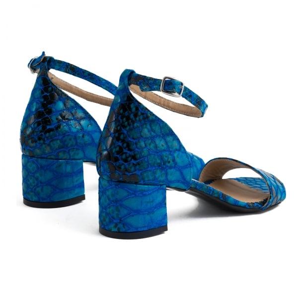 Sandale din piele albastra lacuita 3