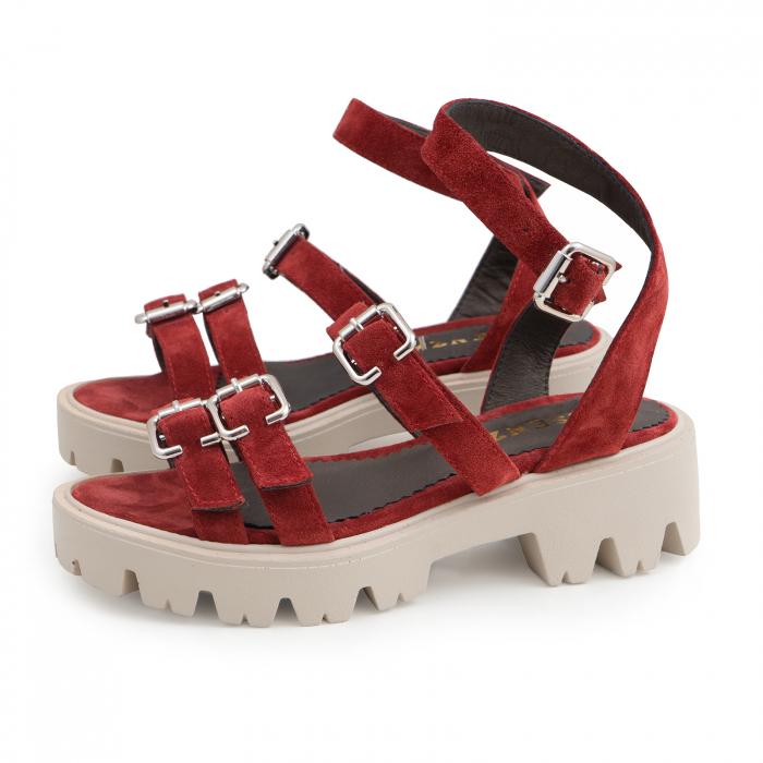 Sandale cu talpa groasa si barete cu catarame, din piele intoarsa rosu burgund. 1