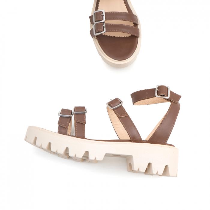 Sandale cu talpa groasa si barete cu catarame, din piele maron 2