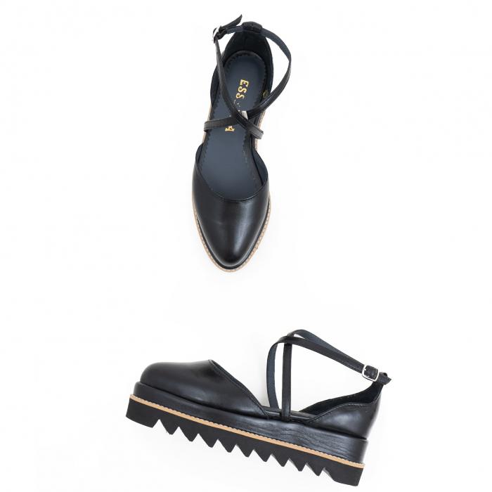 Pantofi decupati, din piele naturala neagra 2
