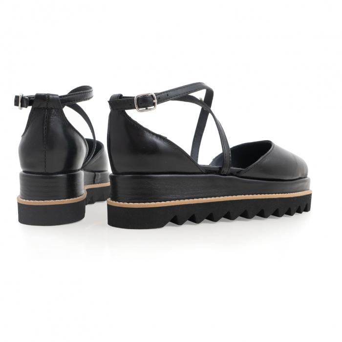 Pantofi decupati, din piele naturala neagra 3