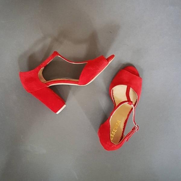 Sandale din piele intoarsa rosie,cu toc gros [0]