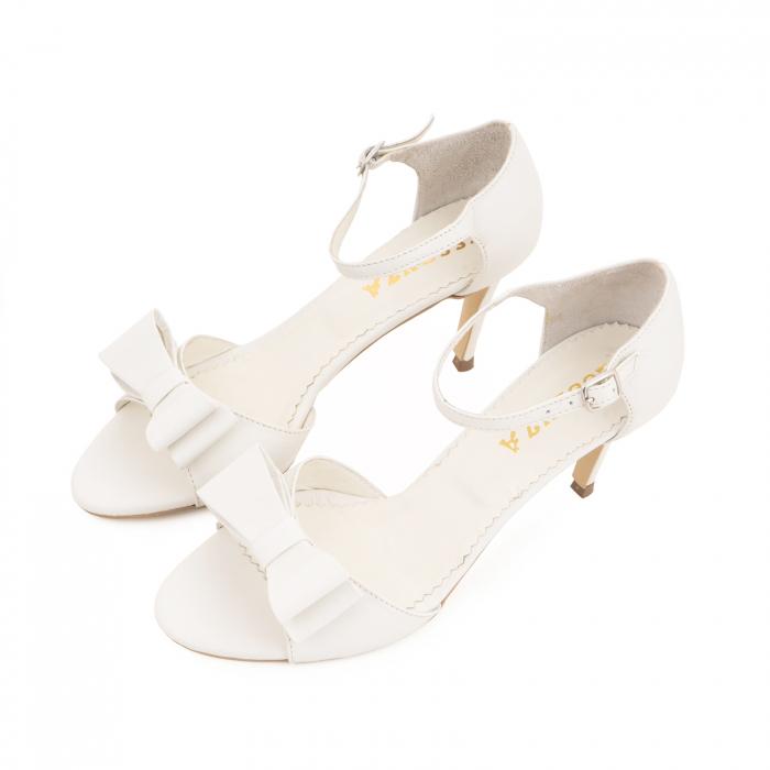 Sandale din piele naturala alb unt, cu funda dubla [1]